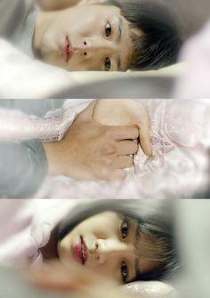 His name is Taek. My number 1 drama and most memorable of Parkbogum drama role as Choiteak. Reply 1997, I Wallpaper, Wallpaper Lockscreen, Hyeri, Bo Gum, Drama Korea, Kdrama, How To Memorize Things, Korean Dramas