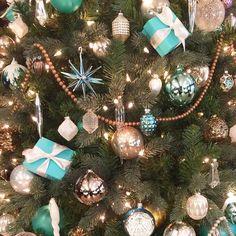 "racheldiaries: ""Christmas at Tiffany's. """