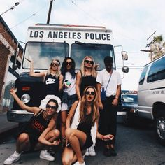 Squad Goals :: Soul Sisters :: Girl Friends :: Best Friends :: Free your Wild :: See more Untamed Friendship Inspiration Best Friend Pictures, Friend Photos, Life Pictures, Best Friend Goals, My Best Friend, Good Vibe, Collection 2017, Youre My Person, Best Bud