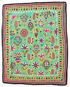 "28"" X 23"" VINTAGE RABARI FINE HAND EMBROIDERY MIRROR ETHNIC TRIBAL WALL HANGING"
