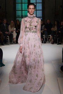 Giambattista Valli Spring 2017 Couture Fashion Show Collection