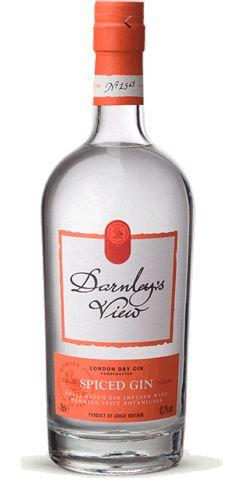 Der Darnley's View Spiced Gin  Nachdem das Haus Wemyss bereits 2010 den Darnley's View Gin auf den Markt brachte, bekommt dieser nun verschärfte Unterstützung. Der neue Spiced Gin der Marke ist die, unter anderem mit Zimt und Pfeffer, gewürzte Variante des deutlich milderen Darnley's View Gin und ist seit August nun auch auf dem deutschen Markt erhältlich