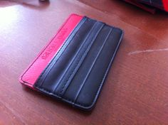 that's the new balkantango cardholder prototype made of upcycled bicycle inner tube, how do you like it guys?