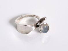 Rare Original Georg Jensen Moonstone ring Designed by Vivianna Torun Bulow-Hube for Georg Jensen Denmark c.1960