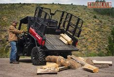 Add even more versatility to the tough, capable & clever Can-Am Defender utility-recreation side-by-side vehicles by using genuine Can-Am PAC Accessories. Homemade Beds, Polaris Ranger Crew, Polaris General, Bug Out Vehicle, Dream Barn, Kubota, Can Am, How To Make Bed, Cool Tools