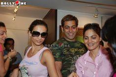 Salman Khan and Malaika Arora at art exhibition | PINKVILLA