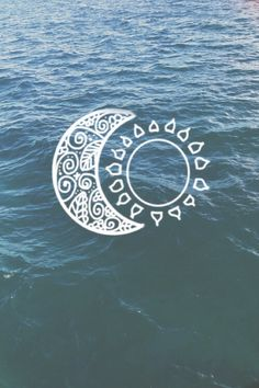 Image via We Heart It https://weheartit.com/entry/147537054/via/16781317 #background #beautiful #blue #classy #grunge #hipster #moon #ocean #sea #sun #wallpaper #water #idon'tcare