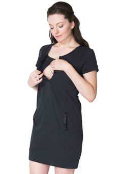ae3612c118 Nursing Tunic Momzelle Maria - A Basic Outfit For A Breastfeeding Mom