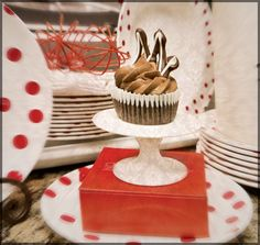 ©Marcel-Walker-All-Rights-Reserved-Sara-Voortmeyer's-Sexy,-Sinful,-Cupcakes- MOCHA LATTE CUPCAKES