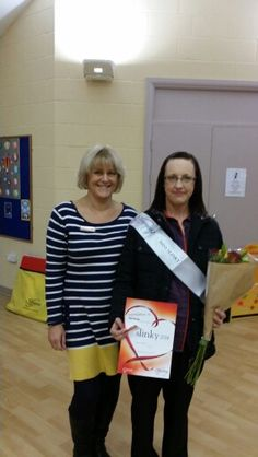 The lovely Lorraine Dommett with me.at Bowerhill Village Hall Miss Slinky lost yay well done. Slimming World Groups, Slimming Word, Lorraine, Lost, Wellness