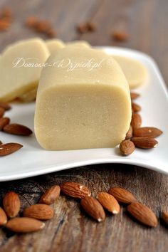 Homemade Marzipan With 3 Ingredients - New ideas Homemade Marzipan Recipe, Baking Recipes, Cookie Recipes, Easter Recipes, Easter Food, Food And Drink, Favorite Recipes, Snacks, Cooking