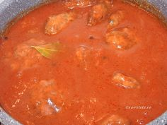 Chiftele cu sos de rosii Parmezan, Thai Red Curry, Ethnic Recipes, Food, Essen, Meals, Yemek, Eten