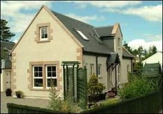 Inverness Apartments & Cottages, Inverness, Inverness-shire, UK, Scotland. Holiday. Travel. Accommodation. #AroundAboutBritain. Self Catering. Children Welcome. Coast Nearby.