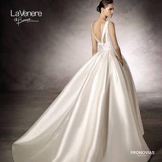 #VenereDiBerenice #Venere #Berenice #atelier #abiti #moda #matrimonio #sposa #bride #tuttosposi #fiera #wedding #campania