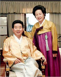 오늘의유머 - 노대통령 생전 비공개사진 [유머x] President Of South Korea, Korean President, Yeosu, Head Of Government, Sense Of Life, Korean People, One Republic, Head Of State, Armed Forces