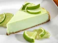 Cheesecake Factory Copycat Key Lime Cheesecake This is a fabulous copycat recipe for The Cheesecake Factory's Key Lime Cheesecake The Cheesecake Factory, Key Lime Pie Cheesecake, How To Make Cheesecake, Cheesecake Recipes, Dessert Recipes, Apple Cheesecake, Strawberry Cheesecake, Lime Recipes, Copycat Recipes