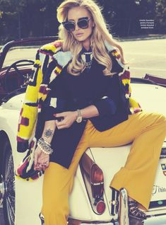 Editorial Love // Cosmopolitan Romania's anniversary issue featuring pop-artist Delia wearing Dita sunglasses from our gallery of luxury designer eyewear. Ariana G, Cosmopolitan, Best Brand, Street Fashion, Editorial Fashion, Cool Girl, Eyewear, Dress Up, Girls Dresses