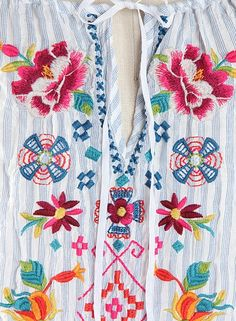 White Embroidered BoHo Tunic