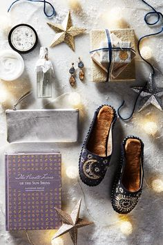 5 cozy gift bundle ideas, courtesy of Christina, our personal stylist and Santa's right-hand elf, now on the #AnthroBlog #Anthropologie