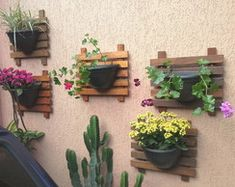 Floreira de parede / Painel + Vaso                                                                                                                                                                                 Mais