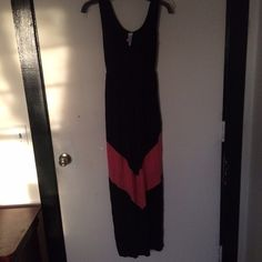 Just In Adorable J Mode USA Maxi Adorable black with tangerine chevron design maxi dress by J Mode USA company is from CA known for their quality designer fabrics, jersey, scoop neck, sleeveless, EUC from Goldfinch Boutique J Mode Dresses Maxi