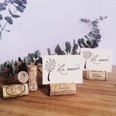 Tests marque-places du lundi ! #diy #bouchons #decoration #marqueplace #mariage #wedding #eucalyptus #bouchondeliege #cork #sarahfarsyscenographie #onthetable #table #lamariee #lemarie #escortcards