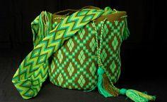 Tutorial #18: Mochila Wayúu Fucsia | Parte 1 de 2: Colores y Figuras | CTejidas [Crochet y Dos Agujas]