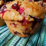 Muffins canneberges et oranges Desserts With Biscuits, Köstliche Desserts, Delicious Desserts, Cranberry Muffins, Orange Muffins, Cranberry Recipes, Holiday Recipes, Dessert Weight Watchers, Gourmet Recipes