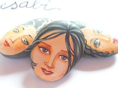 Painted stone original handmade painting on stone par sabiesabi, $16.00
