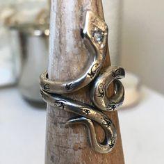 Snakes, Ethereal, Door Handles, Jewellery, Design, Door Knobs, Jewels, Schmuck