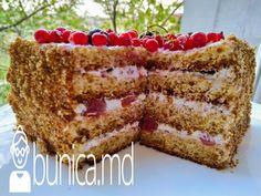 bunica.md — Tort Miedovic din blat pufos Vanilla Cake, Tiramisu, Deserts, Ethnic Recipes, Food, Pies, Essen, Postres, Meals