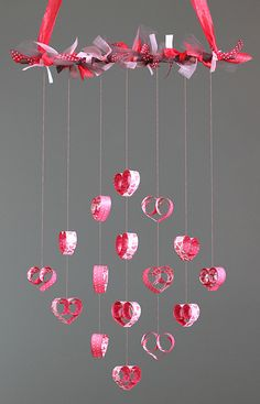Creative DIY Valentines Decorations This one would make a perfect Valentines Day chandelier for your dining room, especially when you're surprising your loved one for a dinner date at home. Diy Valentine's Day Decorations, Valentines Day Decorations, Valentine Day Crafts, Be My Valentine, Holiday Crafts, Diy And Crafts, Crafts For Kids, Paper Crafts, Fabric Crafts