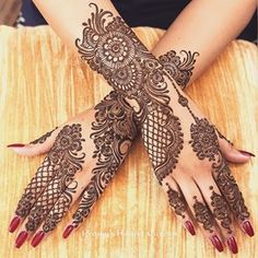 Can't get over the beauty of bridal Mehndi Designs for full hands? This full hand mehndi design with a mix of Indian and Arabic mehndi images is perfect for you! Get Amazing Collection of Full Hand Mehndi Design Ideas here. Henna Tattoo Designs, Wedding Henna Designs, Engagement Mehndi Designs, Full Hand Mehndi Designs, Indian Mehndi Designs, Mehndi Designs For Girls, Stylish Mehndi Designs, Mehndi Design Photos, Latest Mehndi Designs