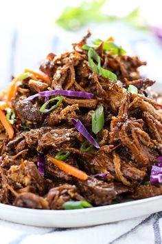 Slow Cooker Asian Shredded Pork - Easy, healthy and yummy dinner! This shredded pork recipe is inspired by Asian flavors Easy Healthy Recipes, Asian Recipes, Easy Meals, Ethnic Recipes, Healthy Dinners, Healthy Eats, Delicious Recipes, Slow Cooker Pork, Slow Cooker Recipes