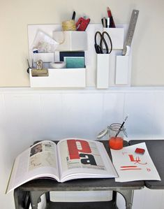Designer DIY: Make a Repurposed Cardboard Organizer Design*Sponge Cardboard Organizer, Diy Cardboard, Diy Organizer, Cardboard Storage, Hanging Organizer, Diy Recycle, Recycling, Reuse, Carton Diy