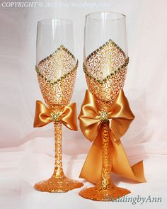 Royal Gold Wedding Glasses, Wedding Champagne Flutes, Bride And Groom… Glitter Wine Glasses, Wedding Wine Glasses, Diy Wine Glasses, Decorated Wine Glasses, Wedding Champagne Flutes, Painted Wine Glasses, Champagne Glasses, Wedding Matches, Wedding Sets