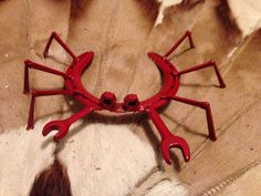 Upcycled yard art horse shoe crab by SalvagedDreams941 on Etsy
