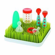 Grass Countertop Drying Rack / Escurridor de pasto para accesorios de bebé  $14.98 http://regalosfabulosos.com/escurridor-de-accesorios-regalo-original-curioso-mama/ #regalosparaunamadre #regalosparamama #bebe #accesoriosdebebe #regalosoriginales #regaloscuriosos