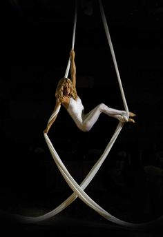 Pole dance photography photo shoots simple Ideas for 2020 Aerial Dance, Aerial Hoop, Aerial Gymnastics, Aerial Hammock, Aerial Acrobatics, Aerial Arts, Pole Dance, Aerial Photography, Photography Photos
