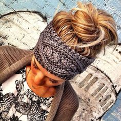 Crochet headband @Jacqueline Carco...you should make this:)!