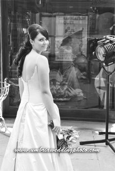 Wedding in Cortona -  Italy  www.umbriaweddingphoto.com