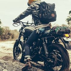 Triumph Scrambler, prospective bike, good for tall riders, I dig the dropped side mirrors on this one