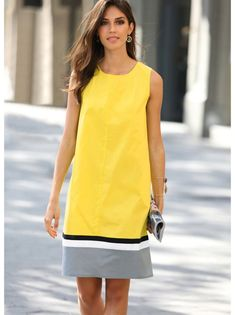 Women's sleeveless dress design tricolor with rear rubberThis sleeveless dress is ideal for playing with geometry and color. Dress rounded neckline, with elastic in the back part of effect. Simple Dresses, Casual Dresses, Short Dresses, Casual Outfits, Fashion Dresses, Sleeveless Dresses, Mode Ab 50, Daily Dress, Western Dresses