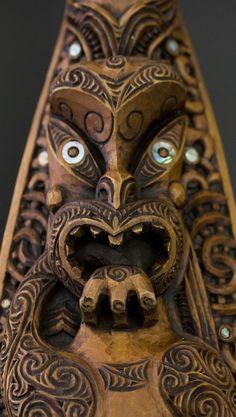 Hoe - Whakairo Rākau - Māori Arts and Crafts - Aotearoa Arte Tribal, Tribal Art, Tiki Art, Tiki Tiki, Maori Patterns, Mosaic Birdbath, Facial Tattoos, Polynesian Art, Maori Designs