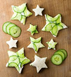 Break out your favorite cookie cutters to make these easy and festive little cucumber goat cheese sandwiches! Goat Cheese Sandwiches, Cheese Sandwich Recipes, Cucumber Sandwiches, Tea Sandwiches, Finger Sandwiches, Pinwheel Sandwiches, Snacks Für Party, Milk Recipes, Party Recipes