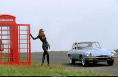 Jaguar E Type - Uma Thurman as Emma Peel