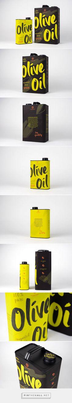 Olive Oil Designed by Cassandra Reffner - Advertising Design Olive Oil Packaging, Black Packaging, Cool Packaging, Bottle Packaging, Cosmetic Packaging, Packaging Design Inspiration, Graphic Design Inspiration, Branding Ideas, Green Label