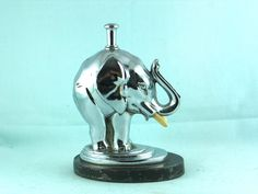 """The elephant """"JUMBO"""" 1930s Ronson Striker Lighter"""