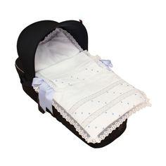 BabyCucadas - Cositas para bebés: SACO COLCHA COCHE NAPOLES PUNTILLA ROSY FUENTES Baby Car Seats, Balenciaga, Gym Bag, Miniature, Sneakers, Bugaboo, Vintage, Bedding, Kids Fashion
