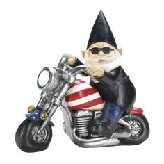 I love this biker gnome decoration with his little American flag motorcycle and leather jacket. He's so cute.My sister loves gnomes, and she could really use some outdoor garden decorations. I'll have to find something like this for her.